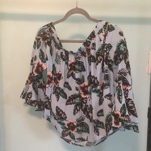 Forever 21 woven off the shoulder Top, size M